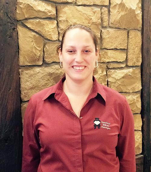 Karin Dambach, Service Aushilfe